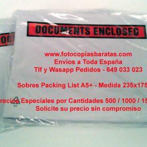 Sobres Portadocumentos Packing List Baratos tamaño A5+ 235x175mm Sobres Portadocumentos para paquetería cajas mensajería Packing List Transparentes Autoadhesivos Sobres Portadocumentos Autoadhesivos Packing List Transparentes Baratos muy prácticos para envíos de documentos pegados en las cajas, paquetes, envíos de mensajería, etc, de todas las medidas y tamaños.